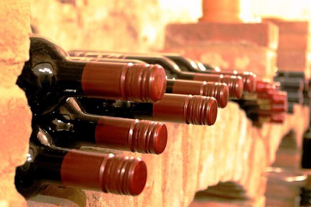 Investi in bottiglie di vino di fascia alta