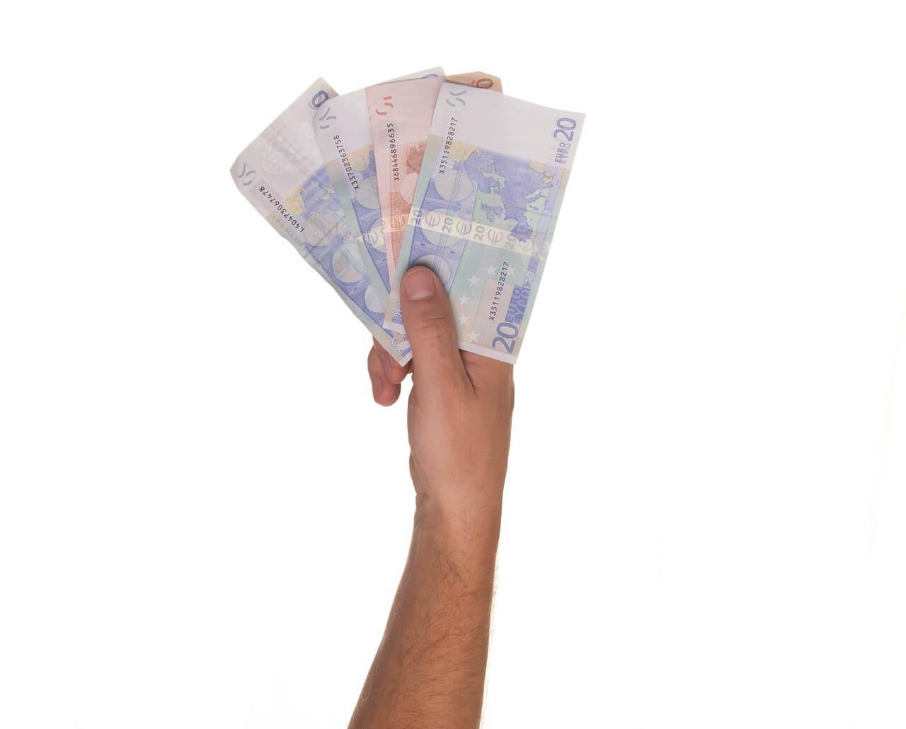 Donde invertir dinero: microcreditos