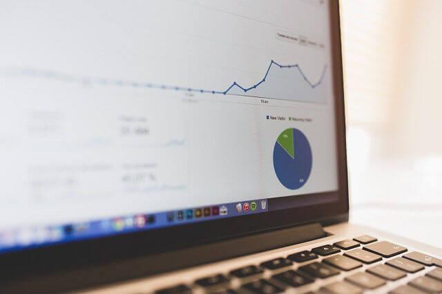 como hacer dinero con una pagina web estadisticas