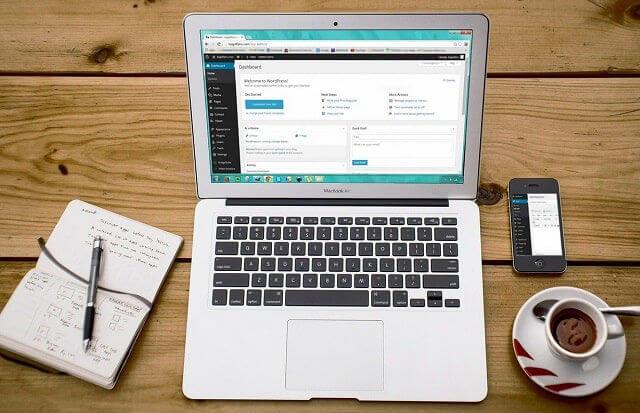 como ganar dinero con una página web wordpress